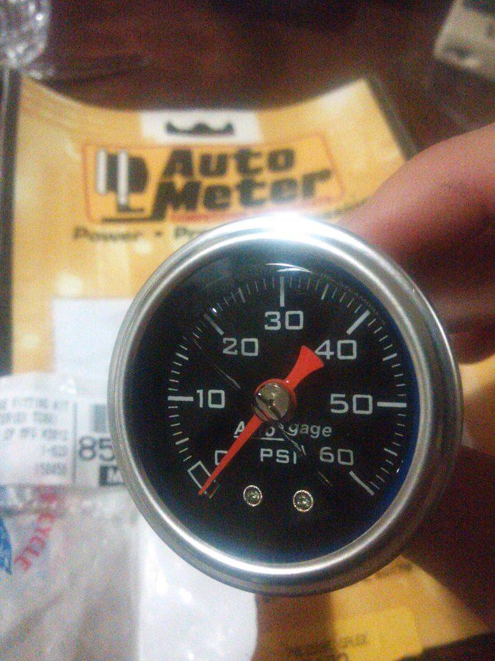オートメーターの油圧計
